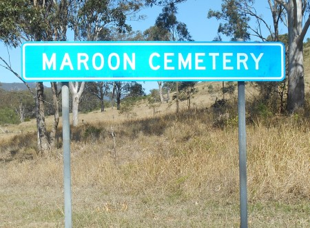 Maroon Cemetery Sign. 9/09/2014