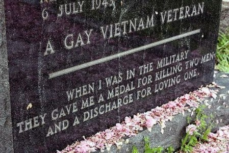 Gay Viet vet plaque