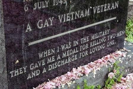 Gay Viet vet plaque