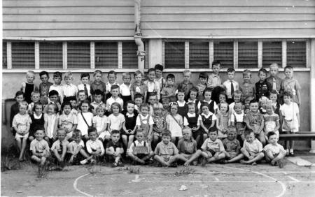 Greenslopes S.S. circa 1947